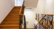 1_Treppenhaus-saniert