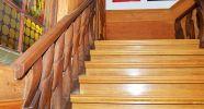 4_Treppenhaus-saniert